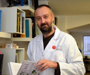 Le Dr Stefanos Karampelas rejoint l'équipe du LFG