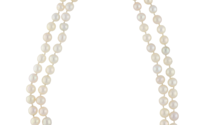 Collier de perles fines fermoir en or 18K serti de diamants